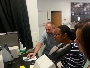 Trudi and Melanie during the LCM (Laser Capture Microdissection) training with Franck (Mizzou Cytology Core)
