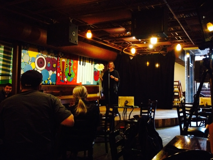 Dr. Heidi Appel's talked at the Science Cafe (Broadway Brewer, Columbia) on September 14, 2015